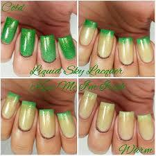 custom made finger nail polish using our thermochromic pigments