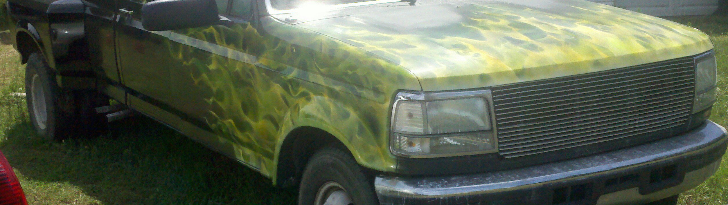 green candy pearls, yellow candy pearls, all make excellent flame paint job graphics.