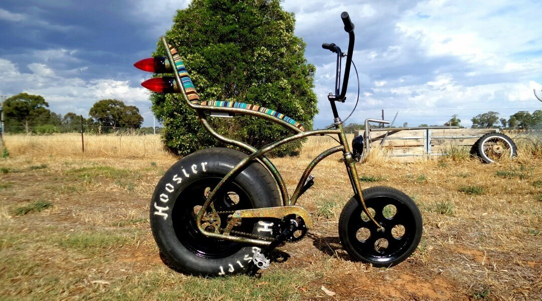 Pedro the muscle bike was painted with Gold Holographic.