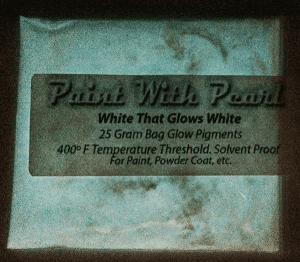 white-glows-white-night